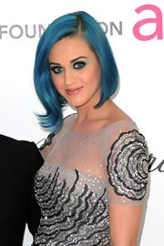 Katy Perry attended the 20th Annual Elton John AIDS Foundation Oscar viewing party wearing soft minty green and aqua eyeshadow.