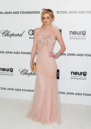 Lydia Hearst wore this frothy pink evening dress to the Elton John Oscar viewing party.