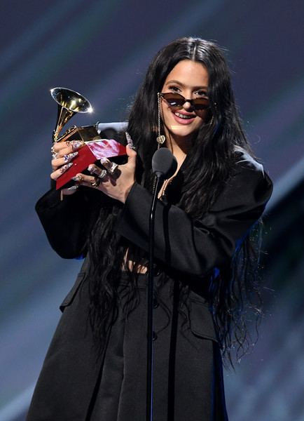 Rosalia accessorized with a pair of tiny cateye sunnies while speaking onstage at the 2019 Latin Grammy Awards.
