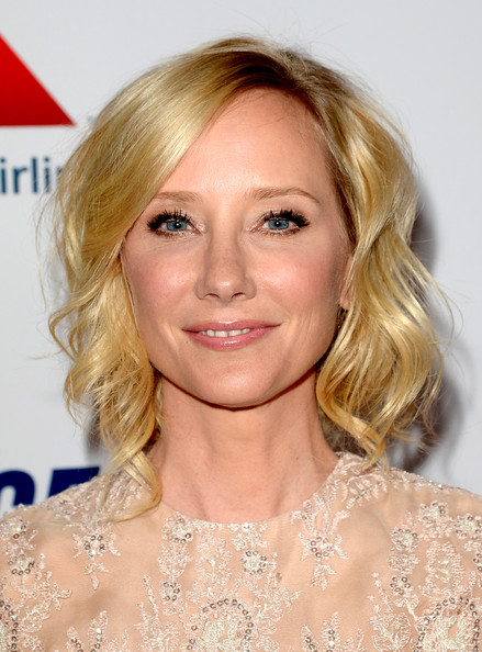 Anne Heche's short curls looked super fun and flirty at the Race to Erase MS Gala in California.