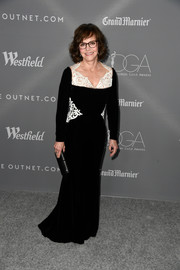 Sally Field glammed up in a black Yanina Couture column dress with white lace detail for the Costume Designers Guild Awards.