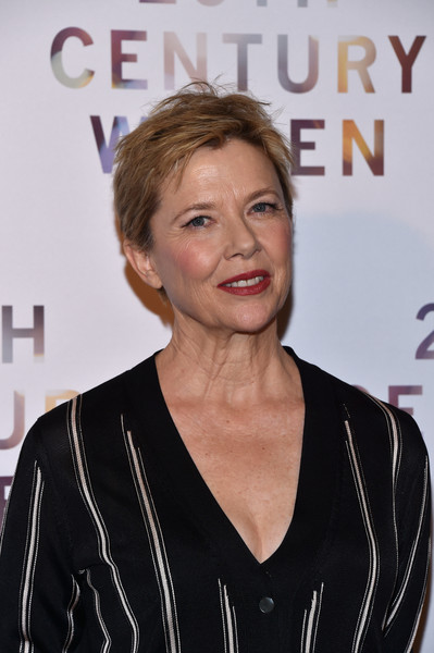 Annette Bening wore her short hair in a messy-chic style at the Paris premiere of '20th Century Women.'