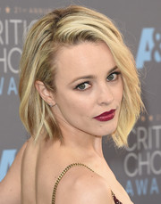 Rachel McAdams swiped on some raspberry lipstick for a dazzling pop of color to her look.