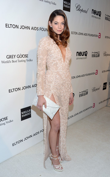 More Pics of Analeigh Tipton Envelope Clutch  (1 of 7) - Analeigh Tipton Lookbook - StyleBistro