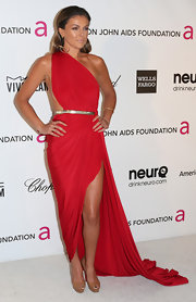 Serinda Swan showed some skin in a custom-made red Grecian-inspired gown.
