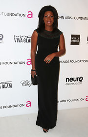 Lorraine Toussaint opted for a little black dress for her Oscar-party look.