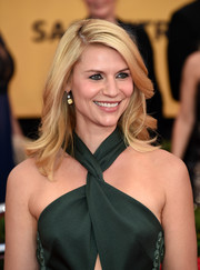 Claire Danes was gorgeously styled with feathery waves during the SAG Awards.