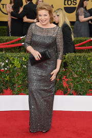 Catherine Curtin glittered on the SAG Awards red carpet in a beaded gray column dress.