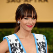 Rashida Jones' Sophisticated Ponytail and Vibrant Lips