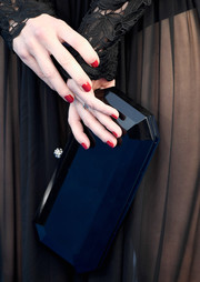 Michelle Monaghan's red mani looked striking against her black outfit at the 2016 Critics' Choice Awards.