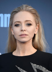 Portia Doubleday opted for a casual and cool brushed-back hairstyle when she attended the Critics' Choice Awards.