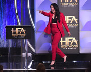 Awkwafina tied her look together with a pair of black pumps.