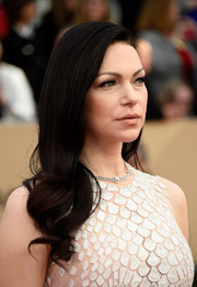 Laura Prepon looked sweet with her curly ends at the SAG Awards.