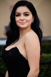 Ariel Winter looked super sweet with her loose wavy hairstyle at the SAG Awards.