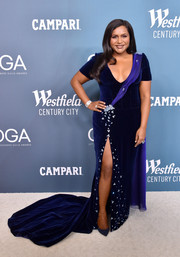 Mindy Kaling looked absolutely regal in a Swarovski crystal-embellished navy velvet gown by Salvador Perez at the 2020 Costume Designers Guild Awards.
