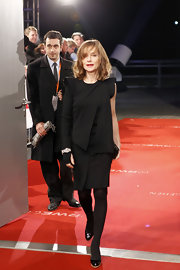 Isabelle Huppert looked ultra-modern at the European Film Awards in a one-sleeve LBD.