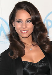 Alicia Keys wore a dream and love pendant necklace at the 23rd Annual Producers' Guild Awards.
