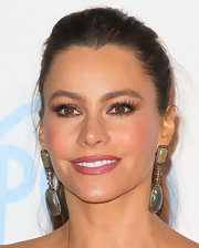 Sofia Vergara added a pair of long feathery lashes to her glamorous look at the 23rd Annual Producers' Guild Award.