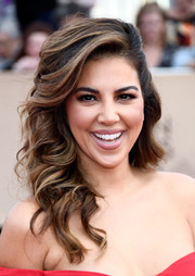 Liz Hernandez looked darling wearing these half-pinned curls at the SAG Awards.