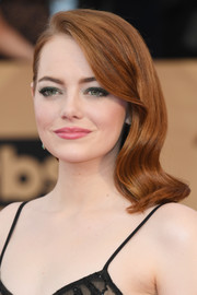 Emma Stone's green eyeshadow made a beautiful contrast to her rosy lips.