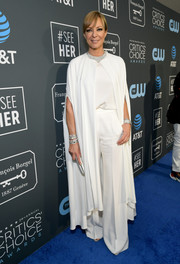 Allison Janney opted for a pair of white wide-leg pants and a matching top by Alberta Ferretti Limited Edition when she attended the 2019 Critics' Choice Awards.