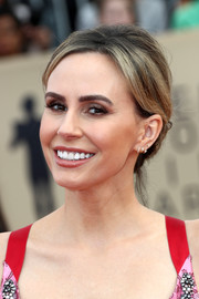Keltie Knight styled her hair into a loose updo for the 2018 SAG Awards.