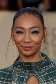 Betty Gabriel pulled her locks back into a tight ponytail for the 2018 SAG Awards.