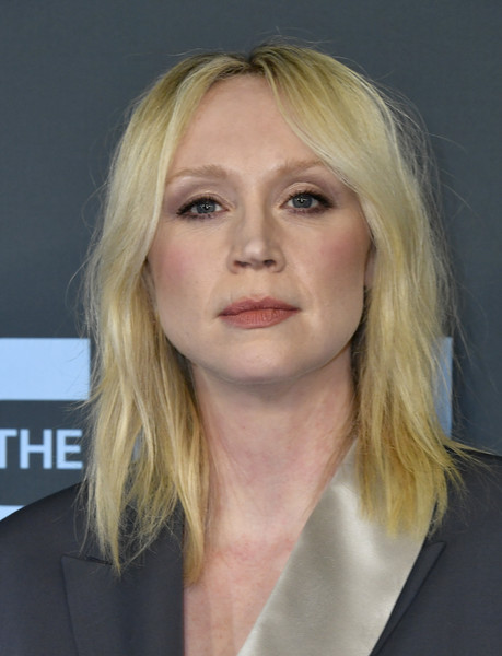 Gwendoline Christie looked edgy with her shoulder-length layered cut at the 2020 Critics' Choice Awards.