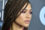 Zendaya Coleman prettied up her eyes with a swipe of pink shadow for the 2020 Critics' Choice Awards.