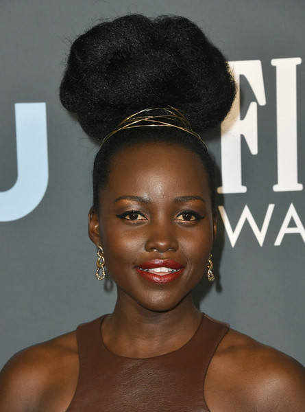 Lupita Nyong'o rocked a massive top knot at the 2020 Critics' Choice Awards.