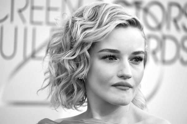 More Pics of Julia Garner Curled Out Bob (1 of 8) - Short Hairstyles Lookbook - StyleBistro [image,hair,face,photograph,eyebrow,hairstyle,lip,beauty,black-and-white,skin,chin,arrivals,julia garner,screen actors guild awards,screen actors\u00e2 guild awards,california,los angeles,the shrine auditorium]