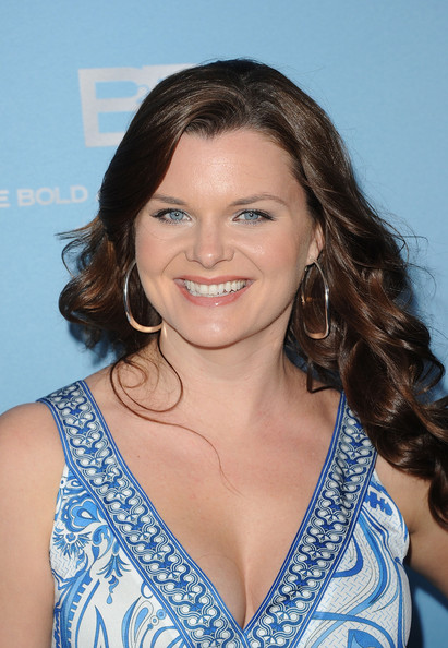 More Pics of Heather Tom Long Curls (1 of 7) - Heather Tom Lookbook - StyleBistro