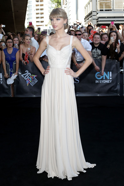 Taylor Swift's Heavenly White Elie Saab Gown