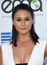 Emmanuelle Chriqui amped up the edge with heavily lined eyes.