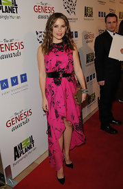 Sophia Bush wore a rose cut diamond and ruby dubai bangle sandwiched between two other bracelets at the 26th Annual Genesis Awards.