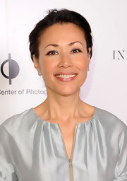 Ann Curry complemented her shimmery outfit with an elegant loose updo for a totally radiant look.