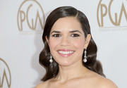 America Ferrera accessorized with a pair of pearl drop earrings for added glamour.