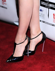 Leslie Bibb wore a dangerously sexy pair of black pointy pumps at the Lucille Lortel Awards.