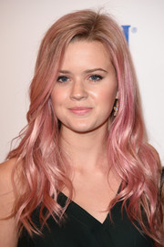 Ava Phillippe was a total cutie wearing this pink wavy hairstyle at the American Cinematheque Award.