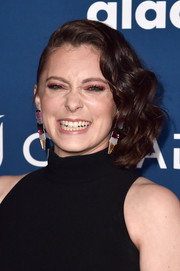 Rachel Bloom looked adorable wearing this half-pinned wavy bob at the 2018 GLAAD Media Awards.