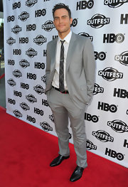 Cheyenne Jackson looked smart and sophisticated in a light-gray suit and plaid tie.