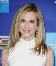Holly Hunter channeled Rachel of 'Friends' with this high-volume layered cut at the Palm Springs International Film Festival Awards Gala.