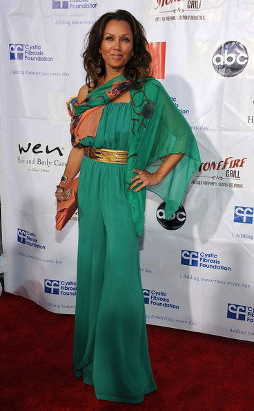 More Pics of Vanessa Williams Long Wavy Cut (1 of 7) - Vanessa Williams Lookbook - StyleBistro
