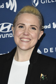 Hannah Hart wore her hair in a fauxhawk at the 2019 GLAAD Media Awards.