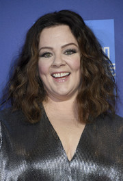 Melissa McCarthy wore her hair down to her shoulders in a voluminous wavy style at the 2019 Palm Springs International Film Festival Awards Gala.