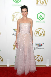 Linda Cardellini looked sweet and pretty in a strapless blush gown by Georges Chakra Couture at the 2019 Producers Guild Awards.