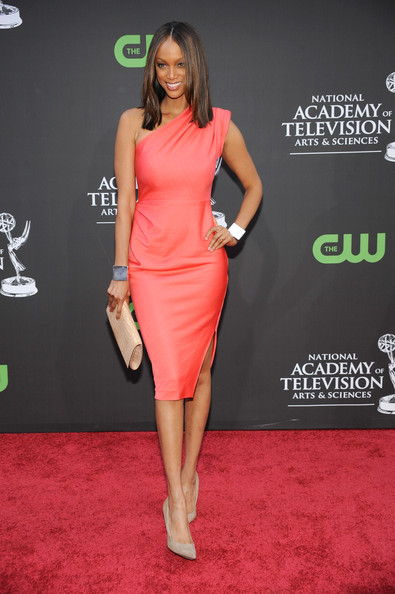 http://www4.pictures.stylebistro.com/gi/36th+Annual+Daytime+Entertainment+Emmy+Awards+UD9km0vPdsCl.jpg