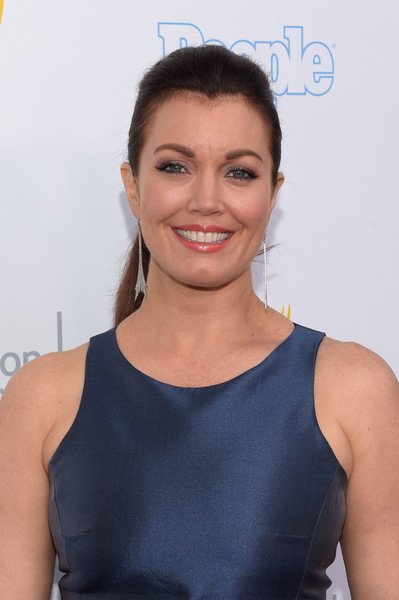 Bellamy Young opted for a casual ponytail when she attended the College Television Awards.