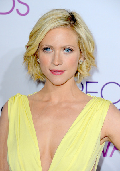 More Pics of Brittany Snow Bob (4 of 19) - Short Hairstyles Lookbook - StyleBistro