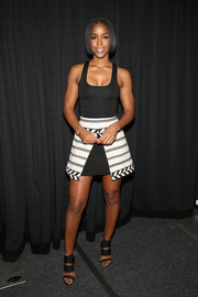 Kelly Rowland teamed her dress with a pair of edgy-sexy sandals.